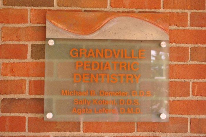 Grandville Mi Pediatric Dentists 1